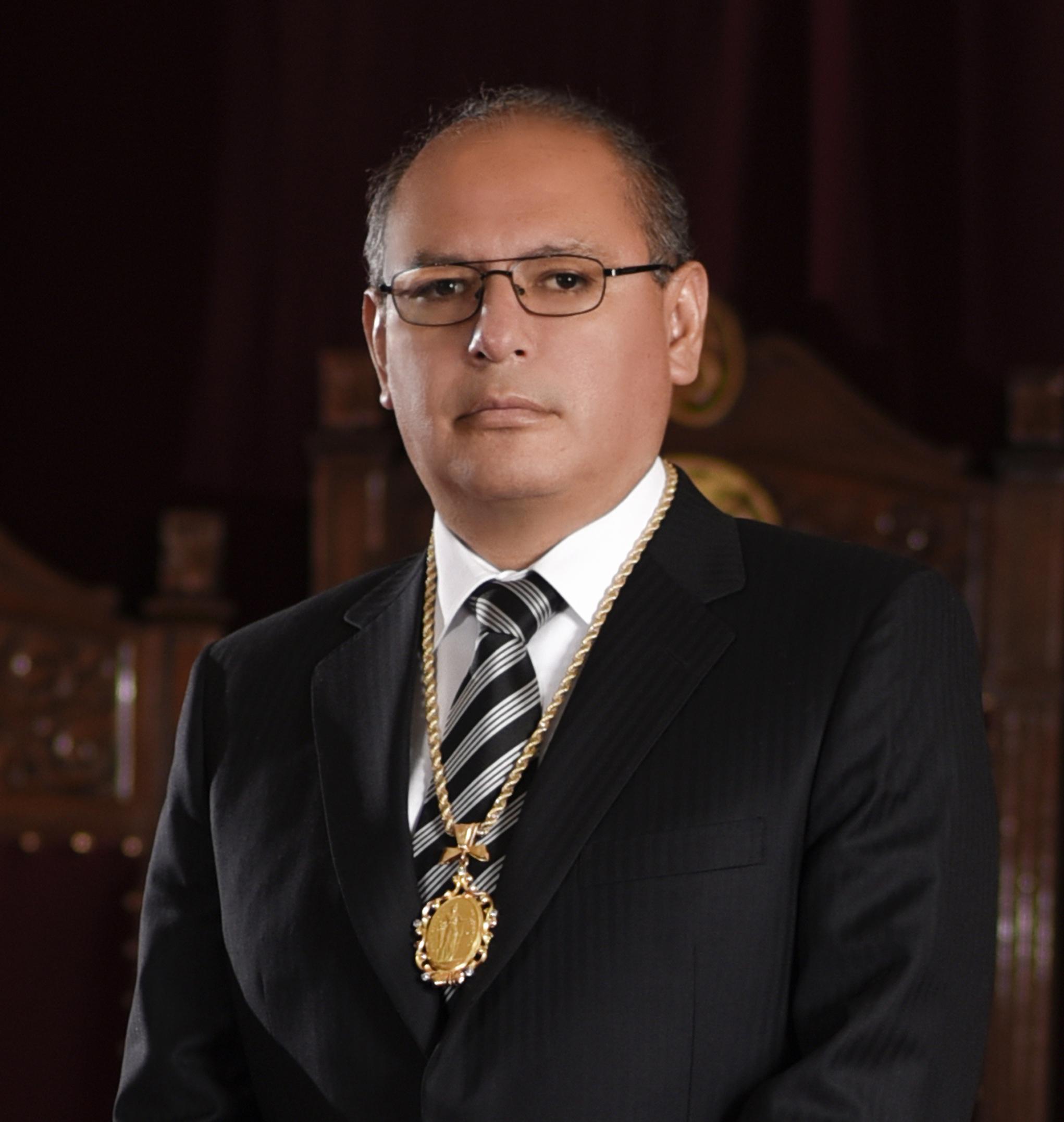 Olvis Egüez Oliva