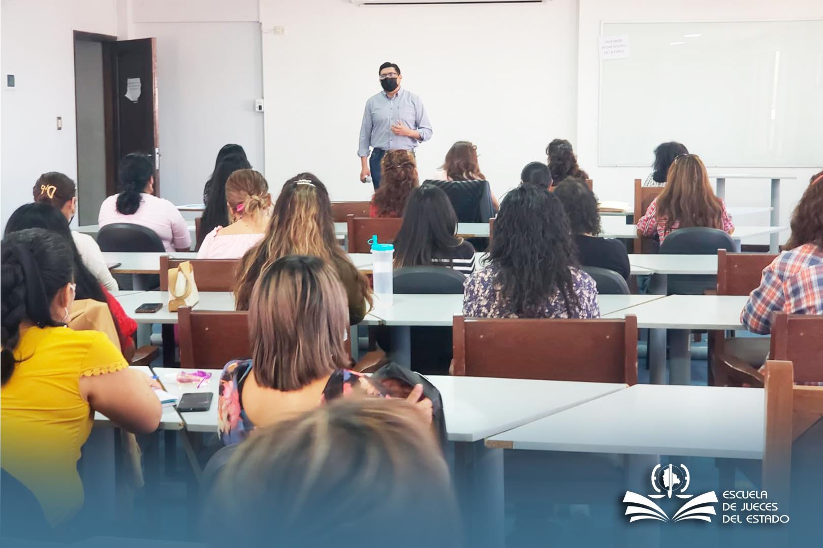 EQUIPO INTERDISCIPLINARIO DE JUZGADOS DE FAMILIA SON CAPACITADOS